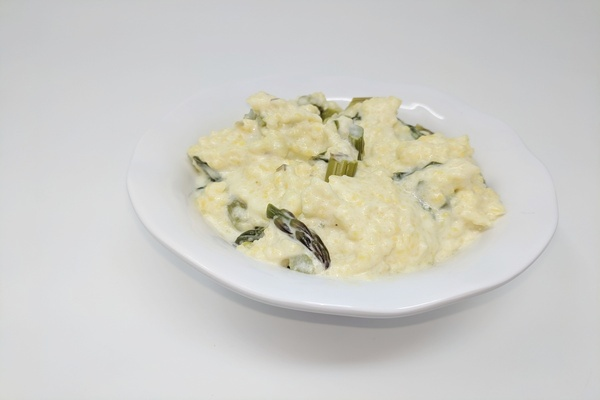 Soft Polenta With Asparagus & Spinach