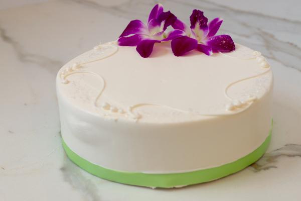 "Lemon Cake - 6"" Single Layer"