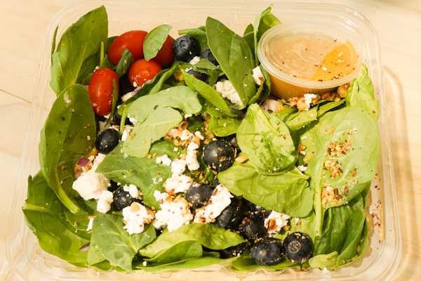 Draeger's Spinach Blueberry Salad