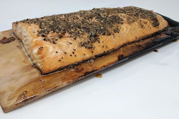 Draeger's Plank Salmon