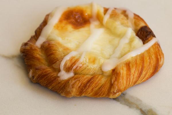 Draeger's Danish, Cheese