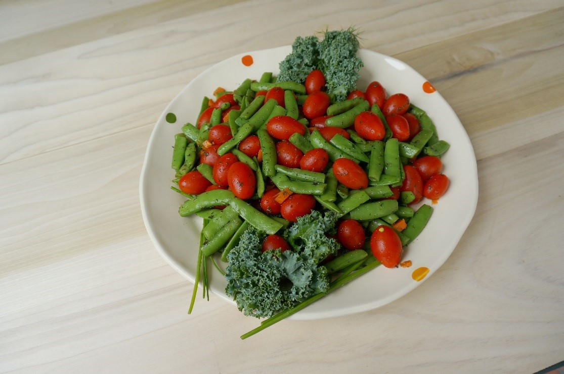 Draeger's Snap Peas With Grape Tomatoes