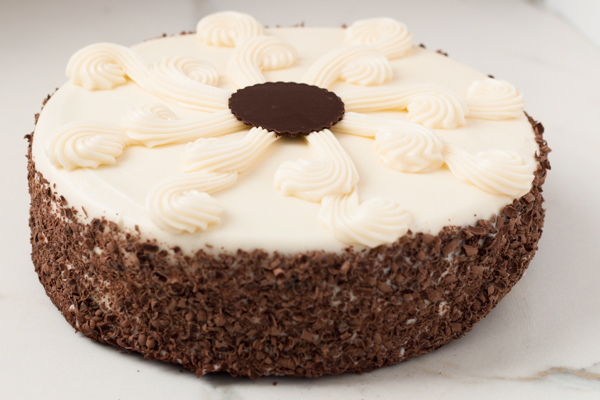 Draeger's Chocolate Fudge Cake With Cream Cheese Frosting - Single Layer