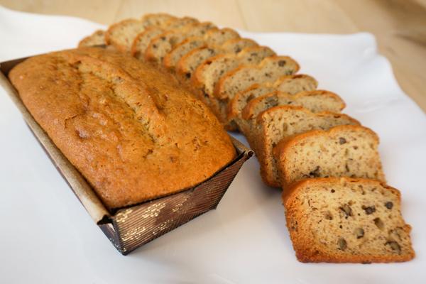 Draeger's Banana Nut Loaf - Select a size