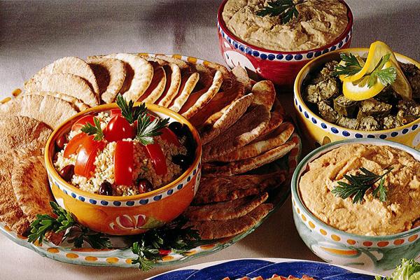 Draeger's Mediterranean Platter