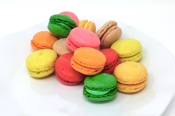Draeger's French Macaron - Milk Chocolate