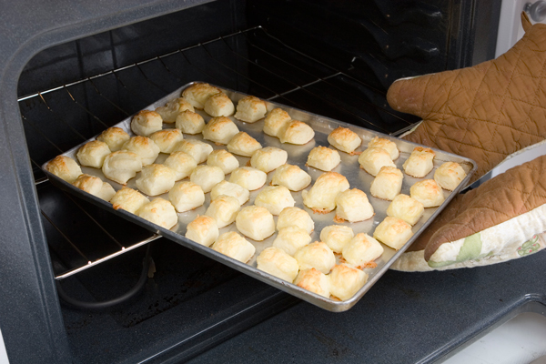 Gougeres-French Cheese Purffs